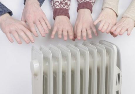 Радијаторот ќе светне дома – исчистете ги и тешко достапните места со ова
