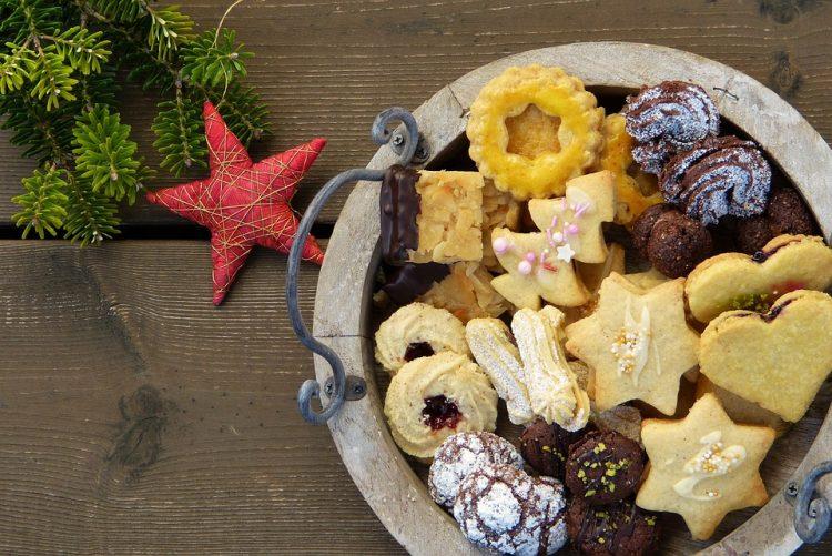 Божиќни ѕвезди со цимет – Највкусните празнични колачиња