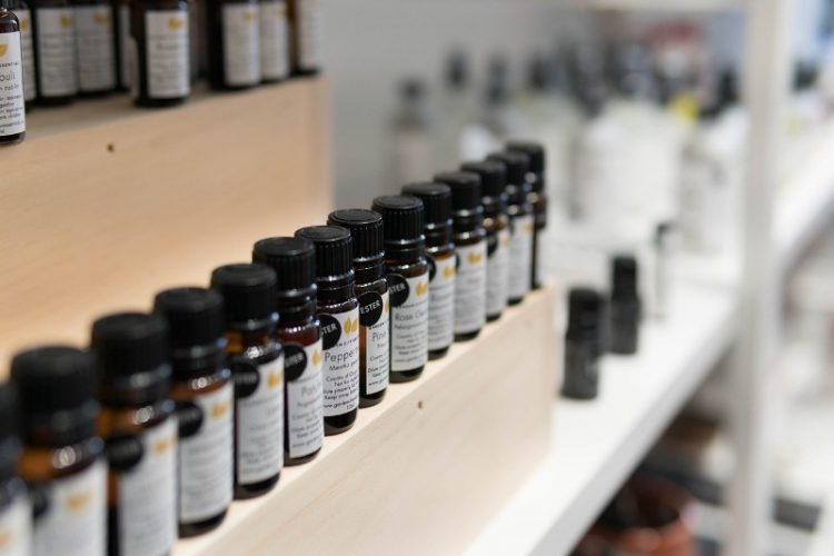 Ги елиминира штетните паразити – Помага и за главоболка, но и алеригии
