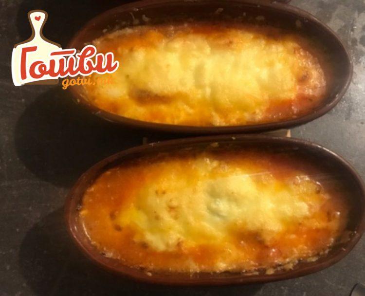 Повкусно од похован и од топено сирење: Кашкавал кој се топи во рерна