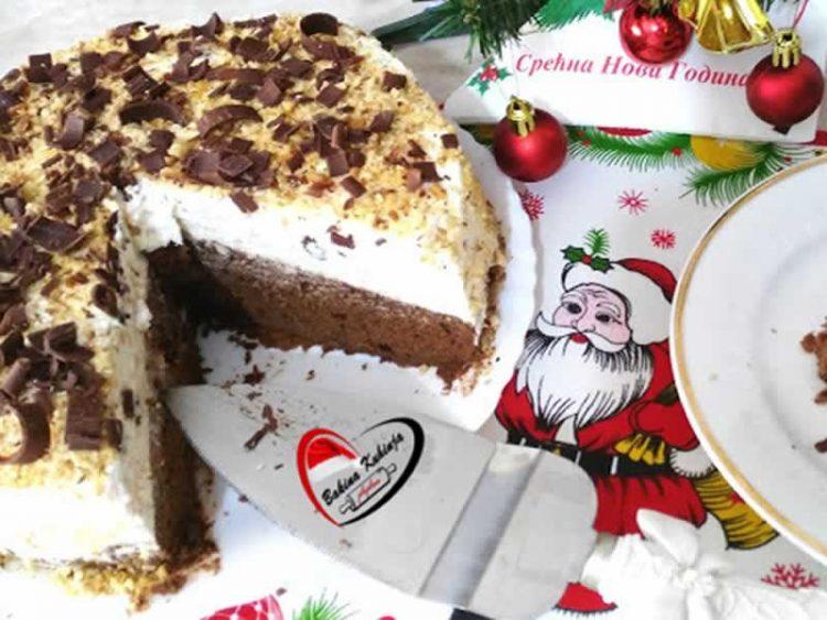 Торта со чоколадно млеко: Брз, а вкусен десерт за свечана трпеза