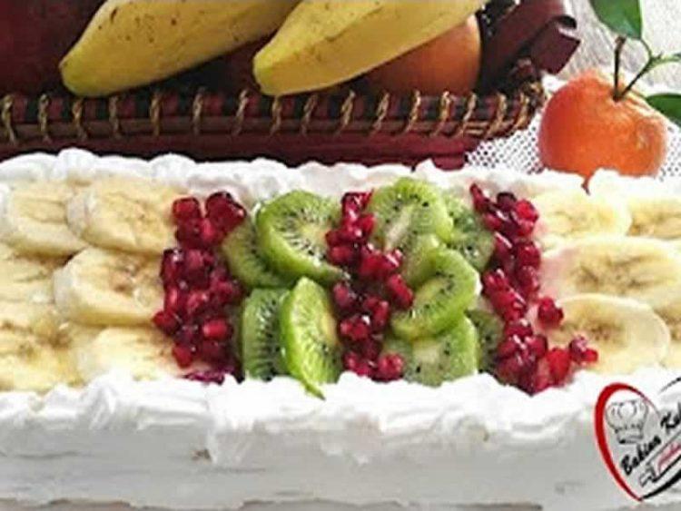 Брза торта која не се пече: Вкусен десерт со пишкоти (Видео)