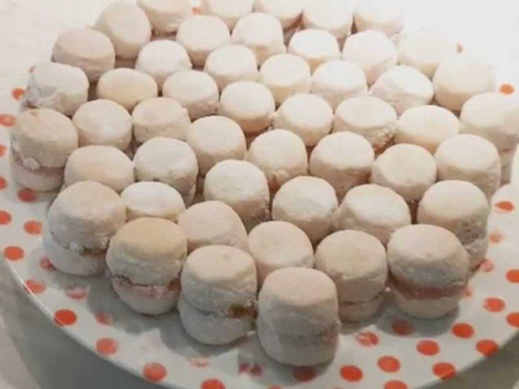 Ванилици со ореви – нема повкусни колачиња!