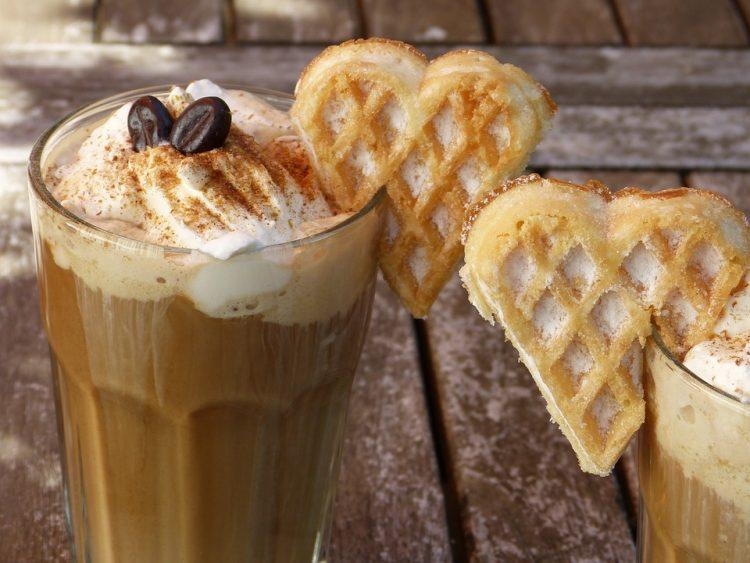 Ќе ве разбуди и освежи: Леден коктел од кафе