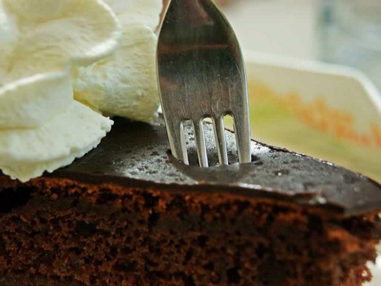 Ова е замена за чоколадо во рецептите – Точни мерки за какао за да нема разлика