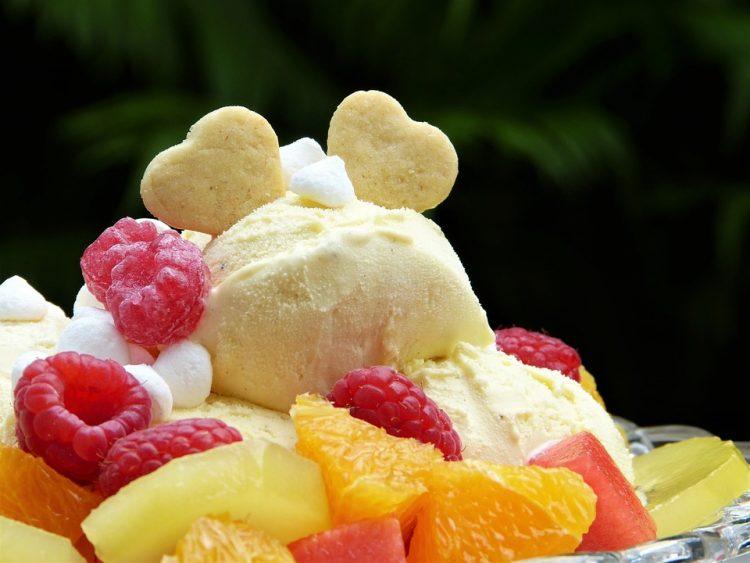 Домашен овошен сладолед – излегува многу од неколку состојки