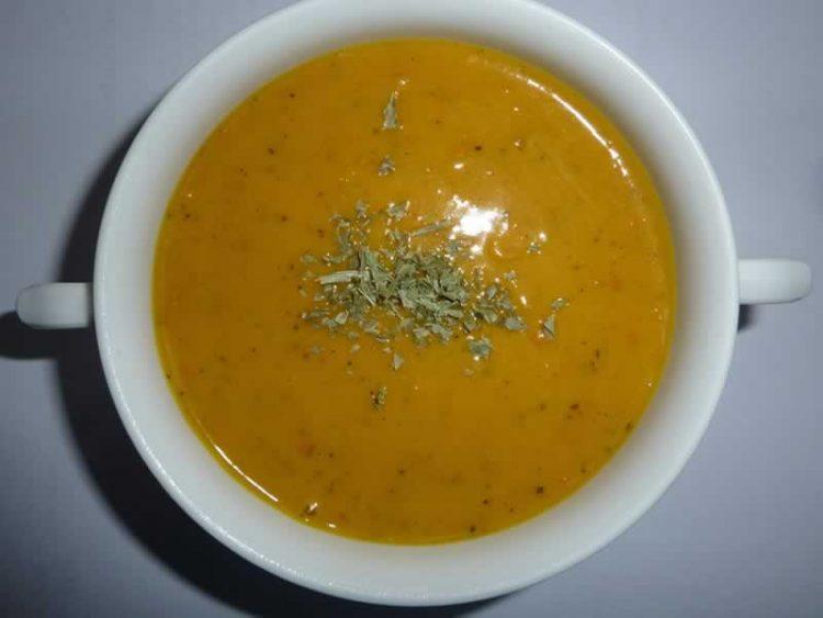 Супа од печени моркови