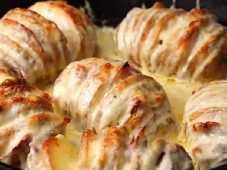 Шведски компир запечен со кашкавал и шунка: Не може да се опише, мора да се проба