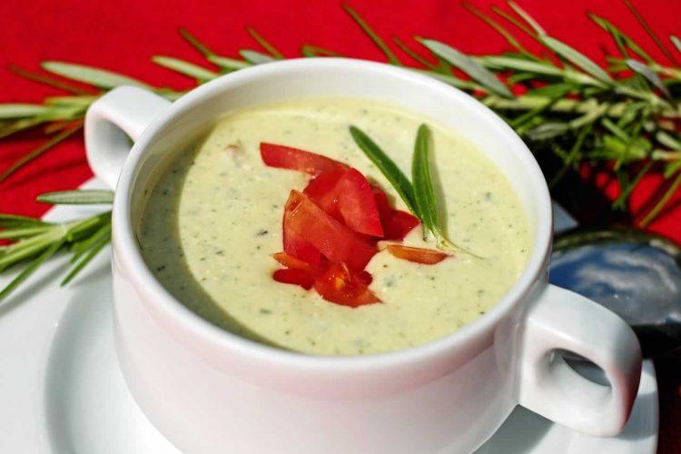 Вкусно предјадење: Грчка супа која не се готви