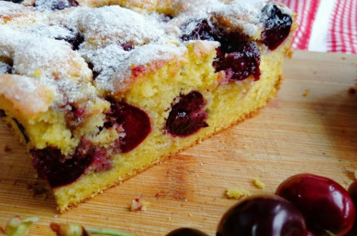 Овошјето нема да падне во колачот – Трик за супер изглед на десертите