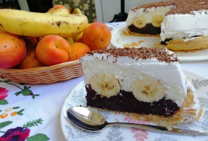 Овошен тарт со банани: Освеувачки вкус кој не се заборава
