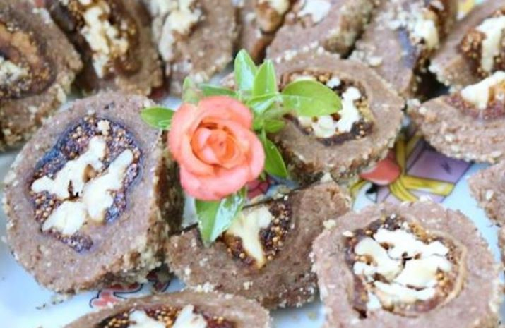 Смокви полнети со ореви: Најсладок и најздрав десерт