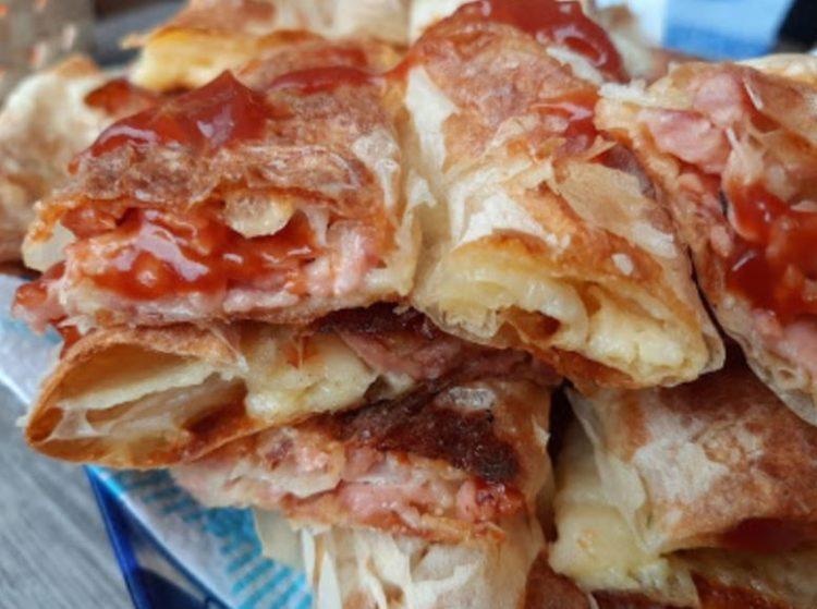 Вкусен доручек: Пица пита