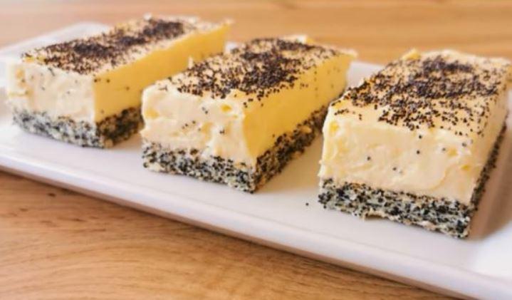 Неодолив сочен колач – ванила коцки со мак