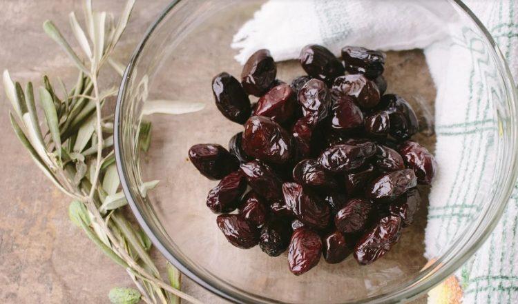 Топчиња полни витамини и здрави масти – Маслинките се храна за секој ден