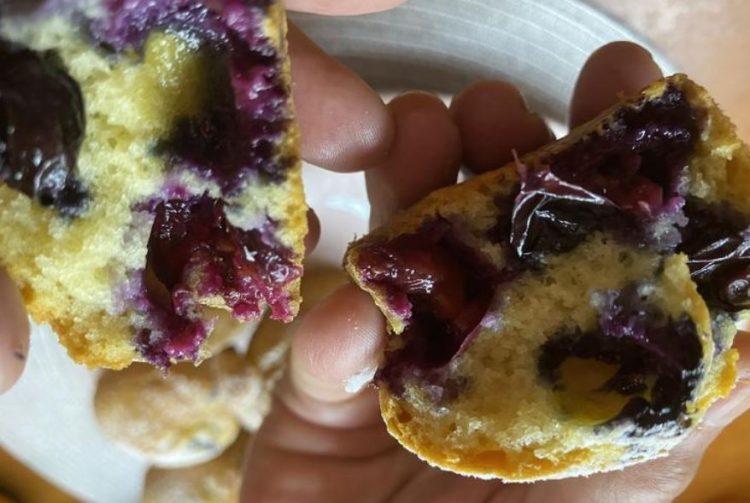 Мафини со боровница: Слатки, а здрави