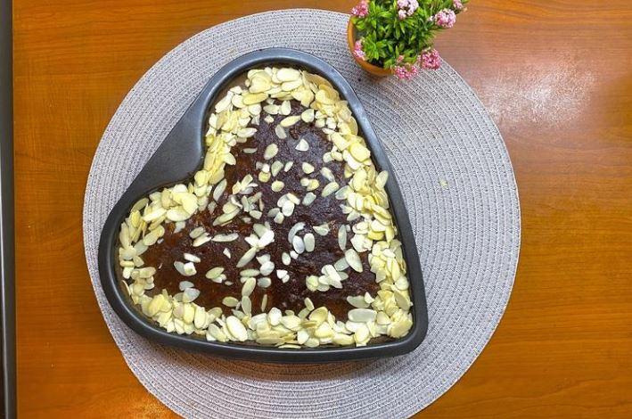 Медено срце: Најубавиот и најевтин посен колач