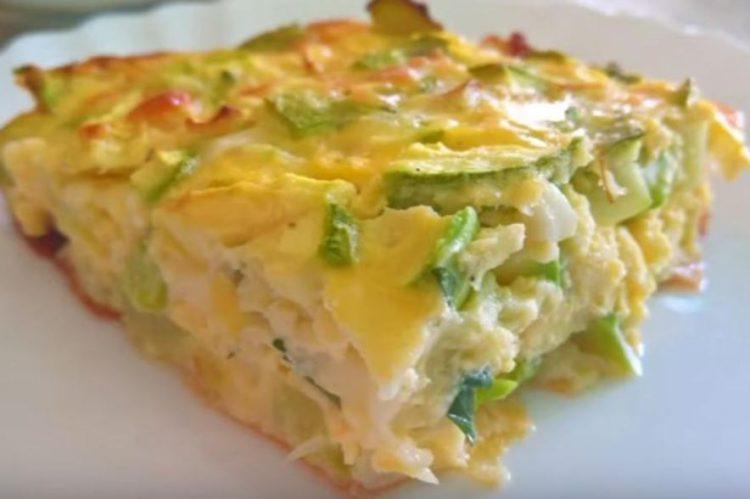 Брз и евтин ручек: Запечени тиквици со сирење