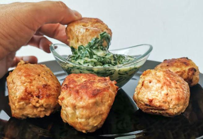 Мисиркини ќофтиња со блитва во бешамел сос: Брз, лесен и вкусен ручек