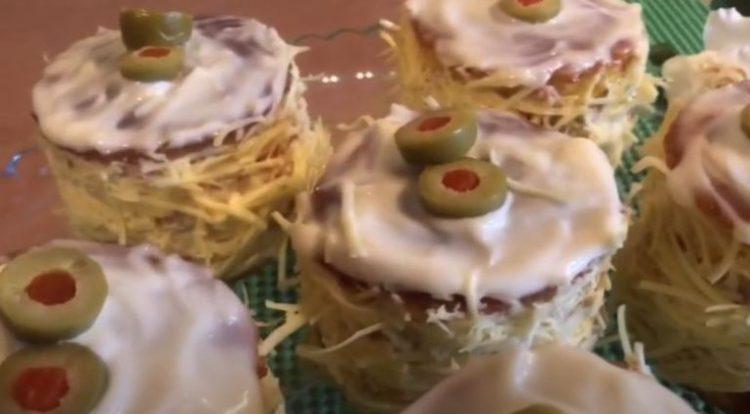 Славско предјадење: Солени руски капи за кои сите ќе ви бараат рецепт