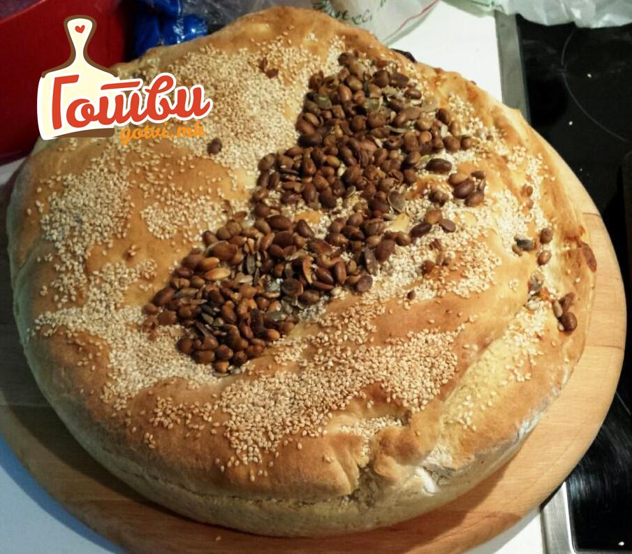 Домашен леб со маслинки