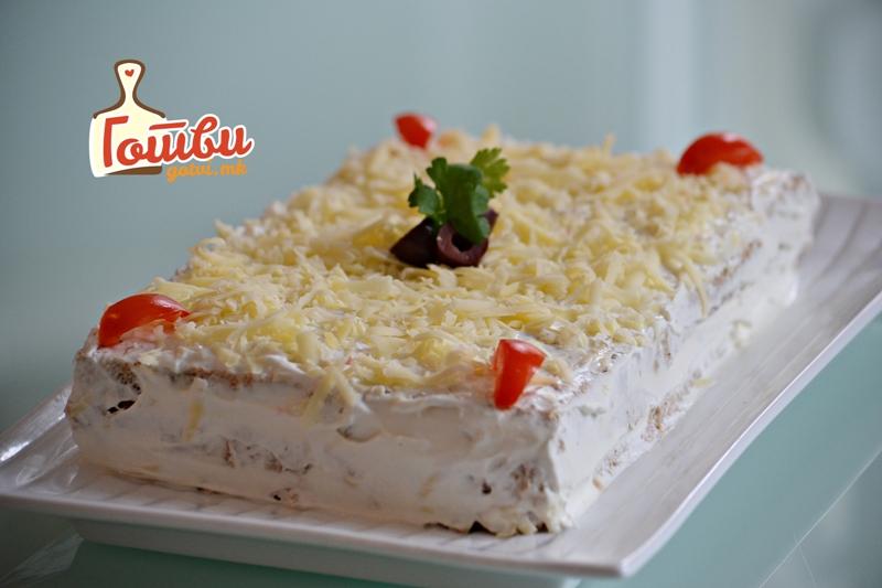 Вкусно предјадење: Солена торта со зеленчук, шунка и кашкавал