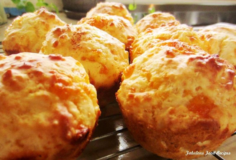 Мафини со моцарела и компири