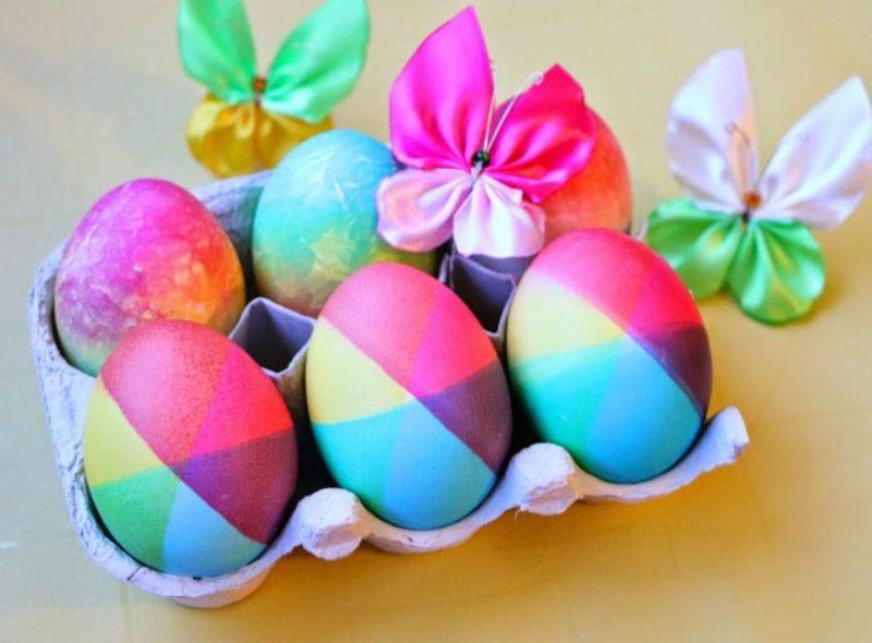 Бојадисајте Велигденски јајца во боите на виножитото (ВИДЕО)