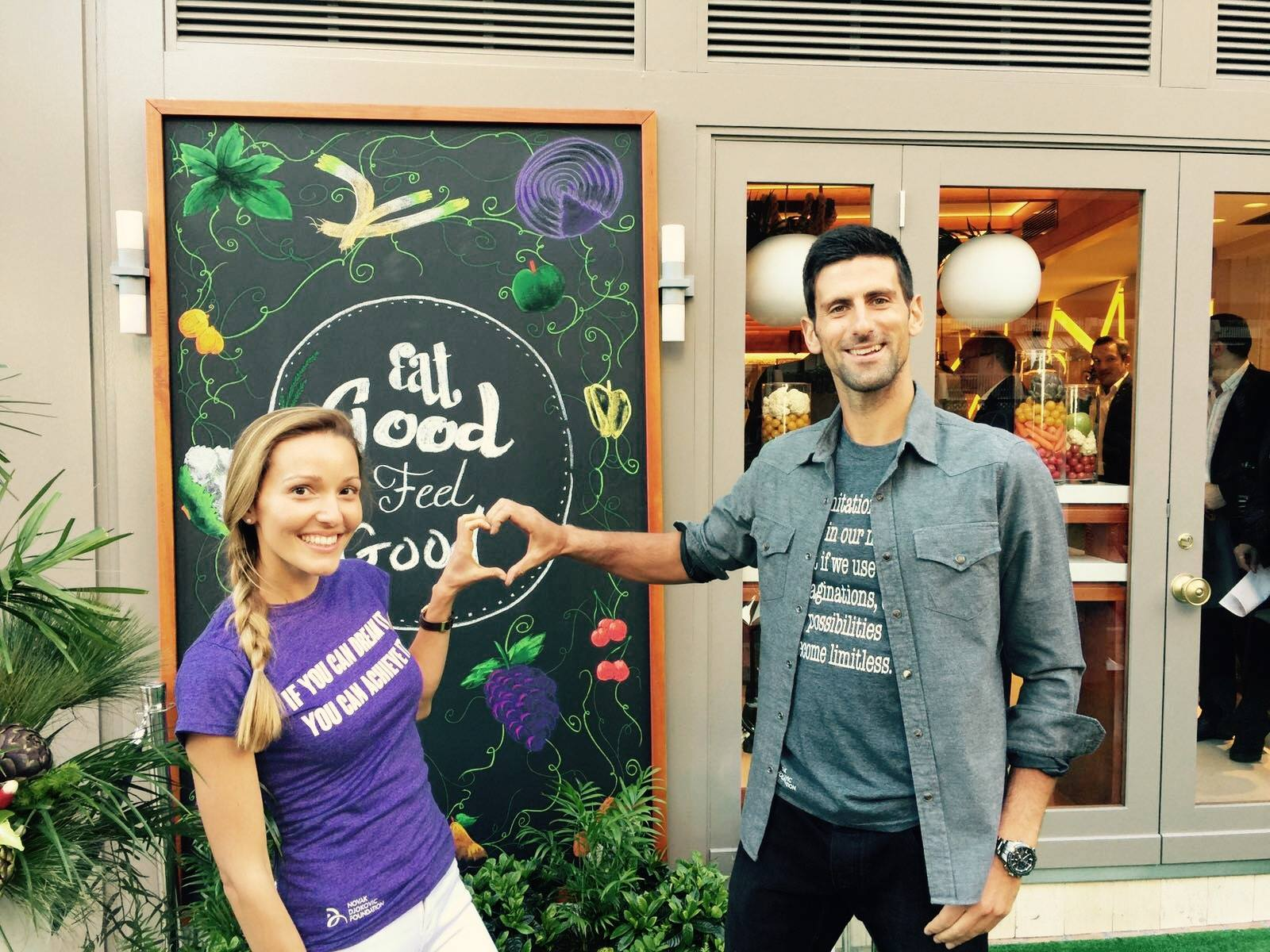 ФОТО: Ѕирнете во Eqvita – ресторанот за здрава храна на Новак Ѓоковиќ