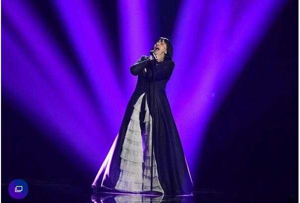 """ВИДЕО: Калиопи пеела за """"Донер ќебап"""" – што разбрале странците од """"Дона""""?"""