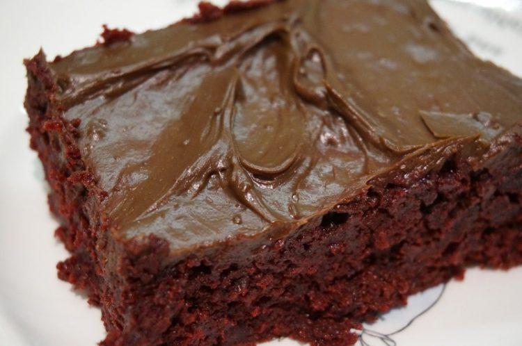 Брз диетален чоколаден колач: Уживајте без грижа на совеста!