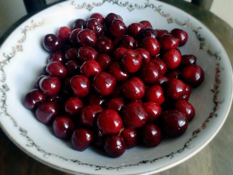 Охридски или не, и годинава црешите прескапи – Еве ги цените