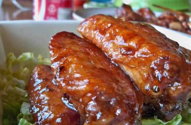 Нема да верувате: Ставете кока-кола во пилешко месо и гледајте што ќе се случи