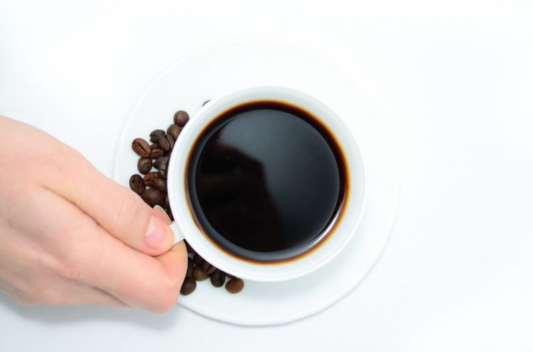 Ќе се шокирате: Никогаш повеќе нема да го фрлите талогот од кафе