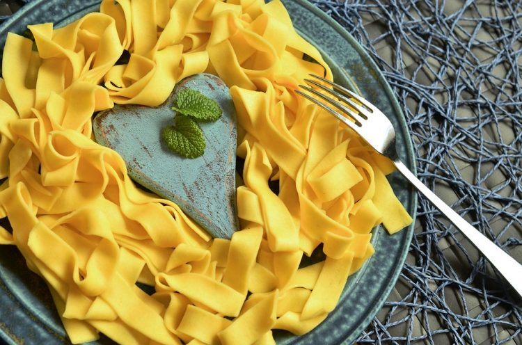 Тестенини на милион начини: Запечени јуфки со павлака