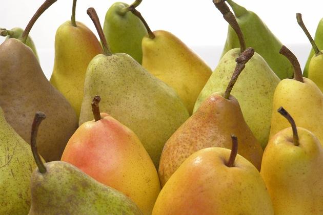 ФОТО: Леди Ди доби свој бренд на круши на Зелено пазарче