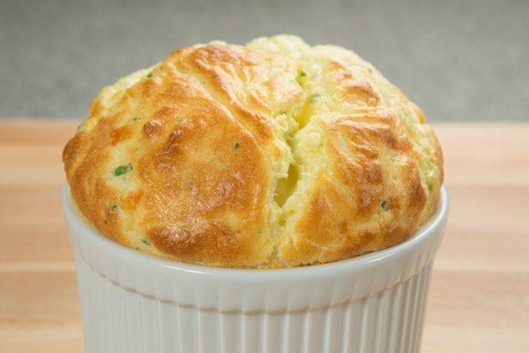 Суфле од сирење – одличен додаток за секое јадење