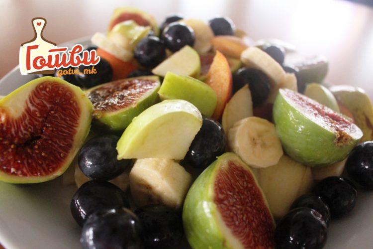 Овошна енергија за работа – Одличен рецепт за сезонска овошна салата