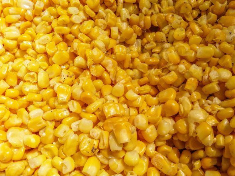 Едноставно, а вкусно: Рецепт за варена пченка со зачини