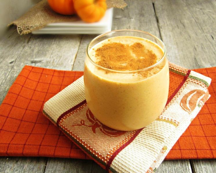 Чаша со витамини и здравје за Добро утро – Денот нека почне со смути