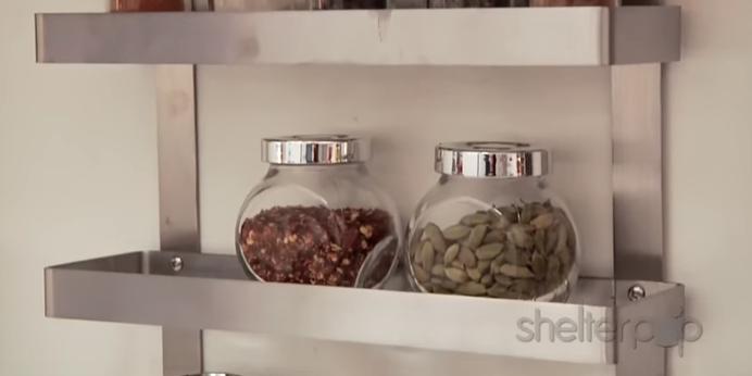 Видео: Малата кујна веќе не е проблем – погледнете го овој генијален трик