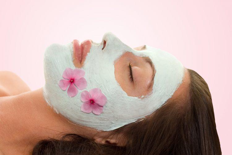 Евтино, а ефикасно – Исчистете ја кожата со солена вода