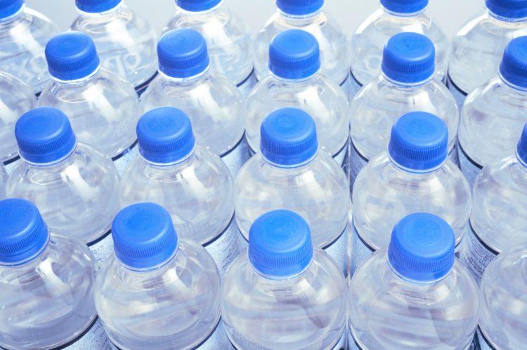 Не смеете два пати да пиете вода од пластично шише – еве зошто