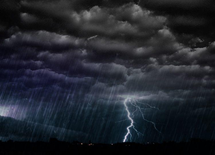 Циклон доаѓа кон Македонија попладнево: Пороен дожд, ветер и грмежи