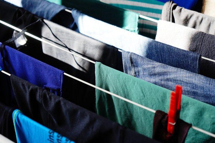 БРЗО И ЕВТИНО: Отстранете ги непријатните флеки од пот на вашите алишта