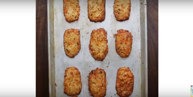ВИДЕО: Што да се јаде денеска: Плочки од компир со растопен кашкавал