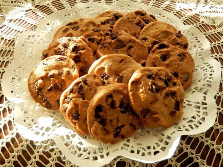 Ровки кекси колачиња – Полни чоколадо и кикирики путер