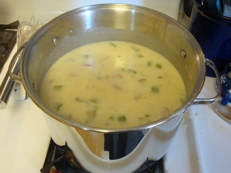 Вкусна крем супа од 5 состојки: Полна со витамини и минерали