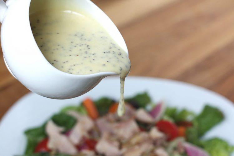 За салати од соништата: Направете највкусен дресинг