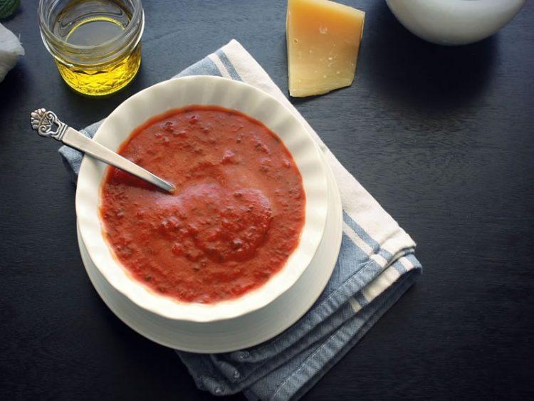 Како се чуваат сенфот и кечапот? – Не мора да стојат во ладилник